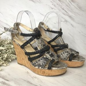 Guess Strappy wedge snakeskin black sandals sz 8.5